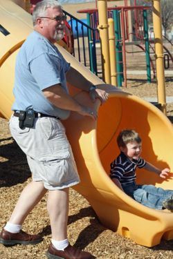 Pawpaw-and-Connor-at-park